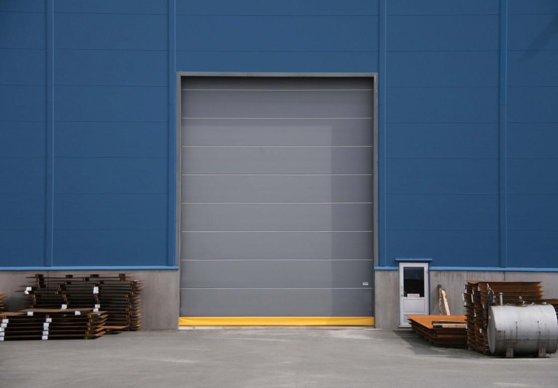 Industrial doors & Champion Door large industrial doors with low life-cycle costs ... pezcame.com