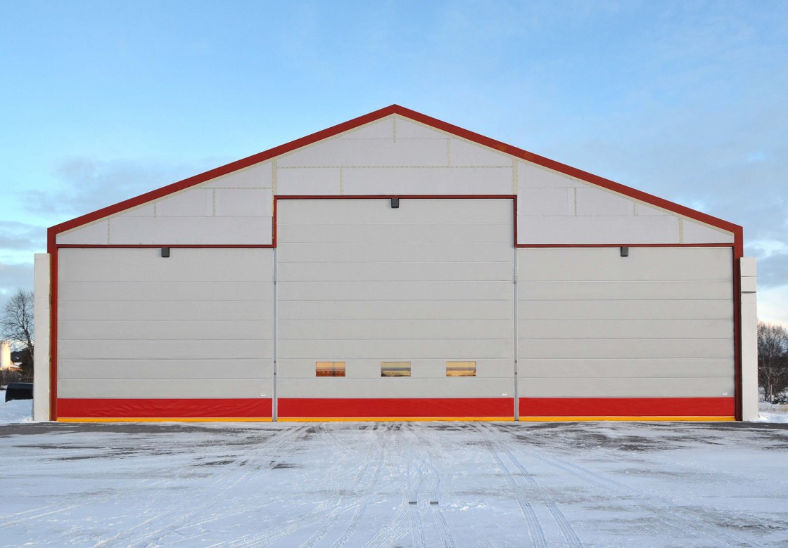 Fabric fold-up hangar doors for aircraft hangars in all size » Ch&ion Door & Fabric fold-up hangar doors for aircraft hangars in all size ... pezcame.com