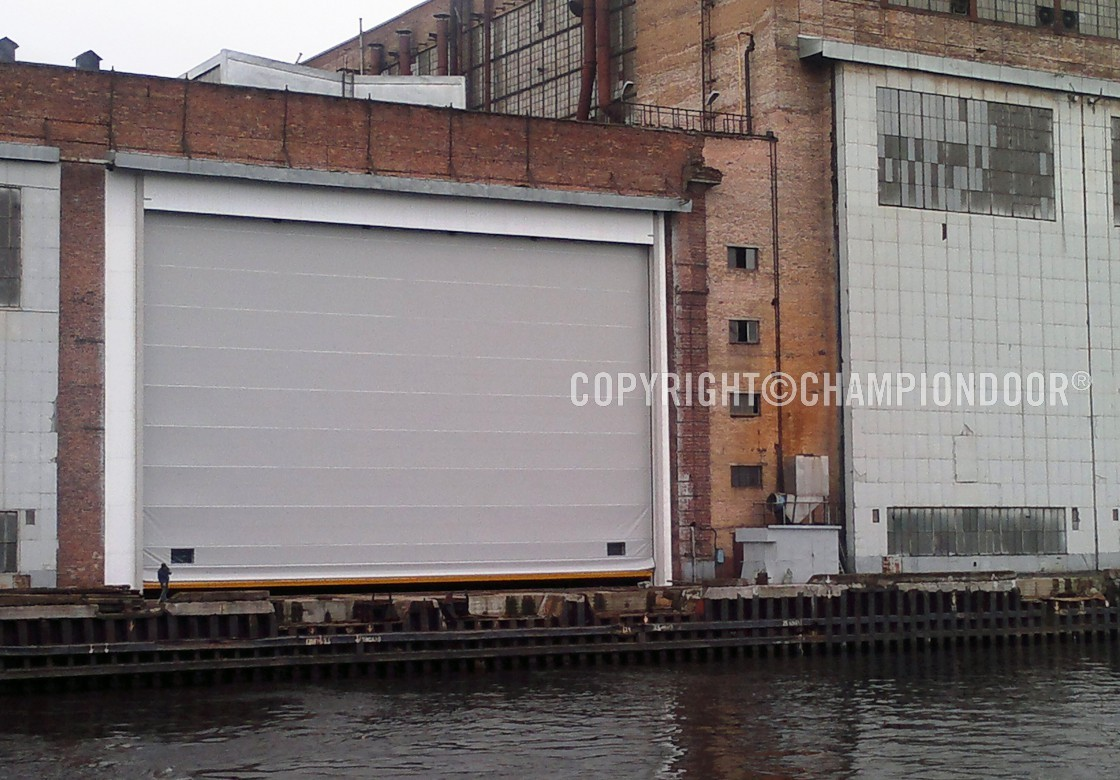 NK4 Warm & Shipyard doors and harbour doors for high wind conditions - NK4 Warm ...