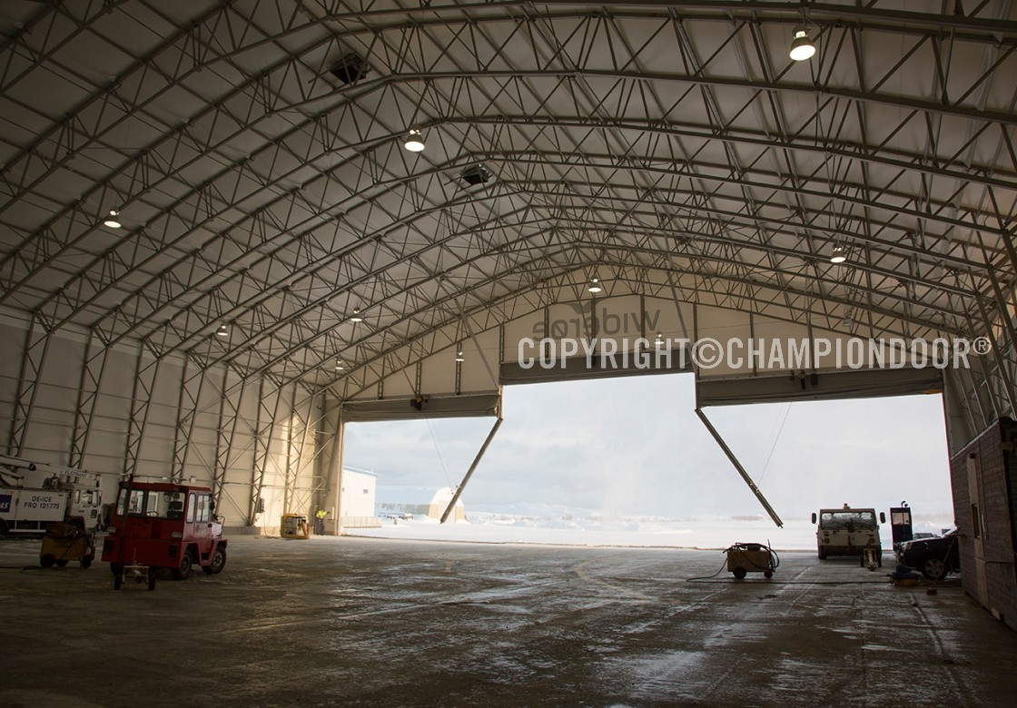 portes de hangar d 39 aviation 3 piece porte de hangar. Black Bedroom Furniture Sets. Home Design Ideas