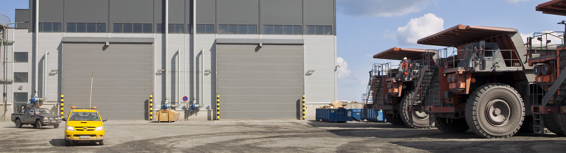 Welcome to Ch&ion Door - Maker of the most reliable hangar doors and industrial doors for tough applications and environments & Champion Door - Hangar doors and large industrial doors » Champion ... Pezcame.Com